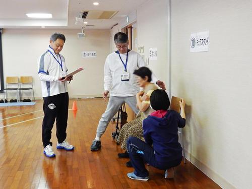 2018.3.7.チェアスタンド②.jpeg