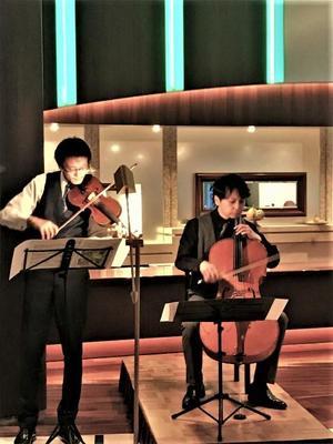 チェロバイオリンコンサート.jpg
