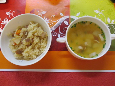 IMG_4182おこわとスープ.JPGのサムネイル画像